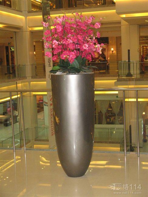 淮安花盆玻璃钢雕塑厂家直销