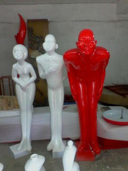 迎宾人像雕塑|玻璃钢迎宾雕像