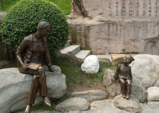 广州仿铜人像雕塑品