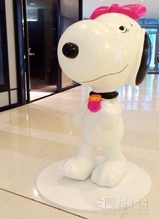 东莞卡通史努比雕塑