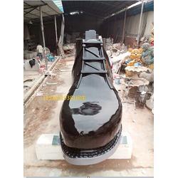 仿真鞋子雕塑玻璃钢雕塑