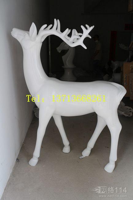 厂家定制梅花鹿动物玻璃钢雕塑摆设