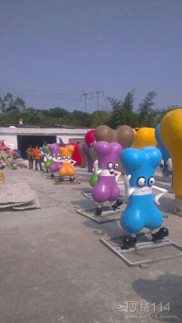 浙江玻璃钢卡通雕塑厂家
