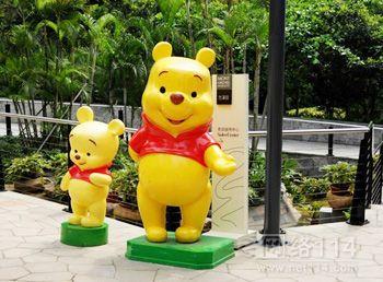 维尼宝贝雕塑 玻璃钢维尼宝贝厂家价格