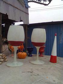 红酒杯造型|音符咖啡杯雕塑|玻璃钢造型制作查看原图(点击放大)
