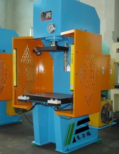 【安徽单柱液压机,10吨单柱液压机价格价格图片