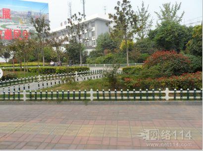 徐州锌钢草坪护栏