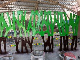 专业玻璃钢幼儿园雕塑查看原图(点击放大)