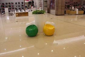 深圳玻璃钢座椅   商场座椅雕塑   景观座椅查看原图(点击放大)