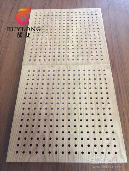 阻燃木质吸音板 阻燃B1级孔木板 学校会议室酒店吸音板
