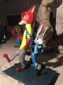 疯狂动物城之兔子朱迪【玻璃钢卡通纤维雕塑】查看原图(点击放大)