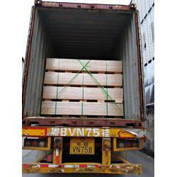 厂家直销客户专属定制特规尺寸进口澳松板
