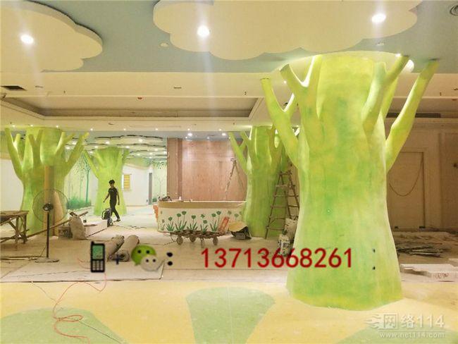 广州私人医院大堂造型柱雕塑玻璃钢树造型柱定做