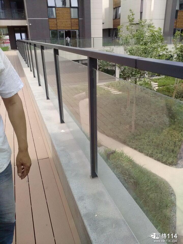 郑州铁艺阳台护栏喷涂加工