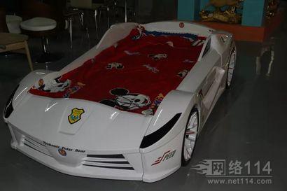 玻璃钢纤维汽车模型制作汽车造型雕塑图片