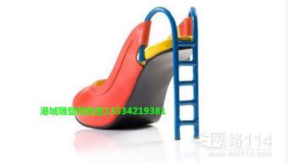 江苏儿童游乐园滑梯 玻璃钢高跟鞋造型雕塑