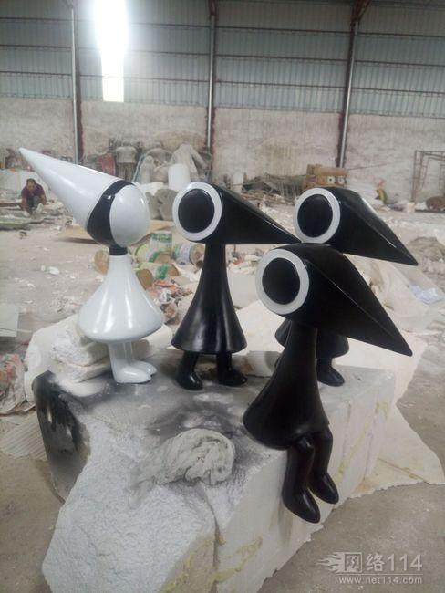 玻璃钢卡通乌鸦造型雕塑乌鸦雕塑图片小乌鸦雕塑