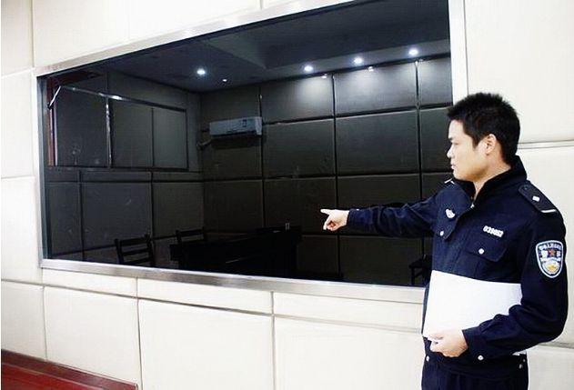 审讯室用单向透视玻璃 广州锐威生产 专业单向玻璃定制