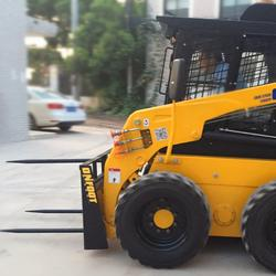 厂家热销滑移装载机装载机属具串草叉