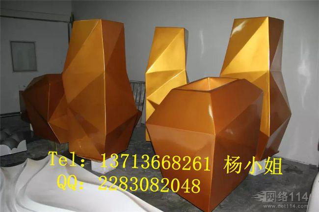 仿金室内花盆玻璃钢雕塑