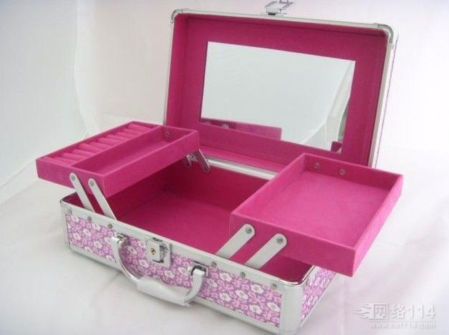 手袋、箱包、化妆盒防霉现流行隔箱电子束灭菌安全彻底