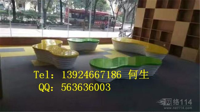 深圳纤维商场休息座椅雕塑