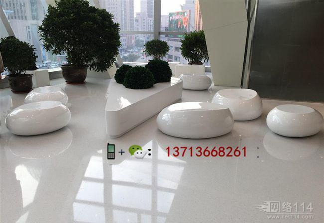 南京商场美陈装饰商业街美陈花盆定做工厂